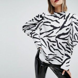 Top with Extreme Sleeve in Zebra Print | ASOS